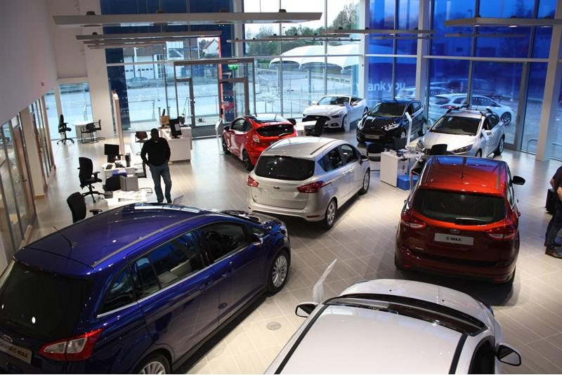 FordStore Epsom interior 2016