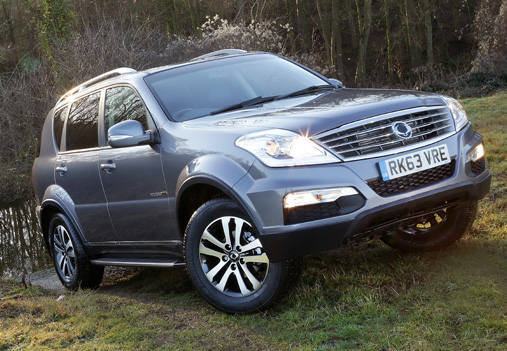 ssangyong 39 s rexton w defiantly off road but on budget. Black Bedroom Furniture Sets. Home Design Ideas