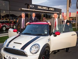 Halliwell jones mini southport