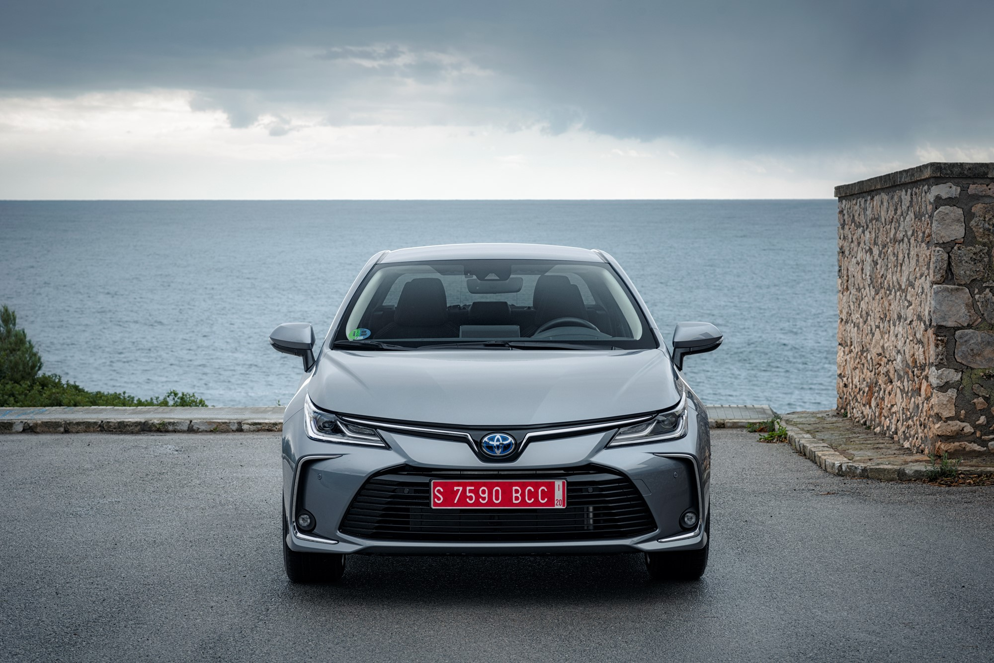 Pictures 2019 Toyota Corolla Hatchback Tourer And