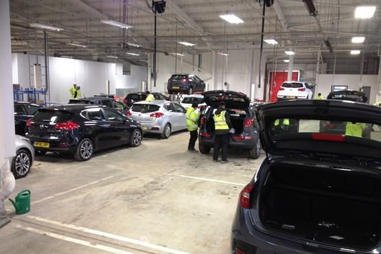 Kia Motors Uk And Paragon Unveil 20 Million Distribution