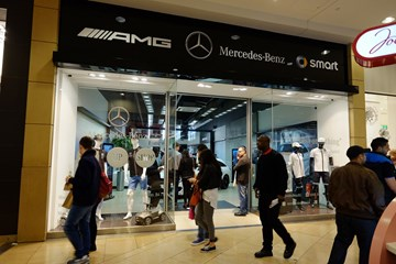Mercedes-Benz Retail Group Bullring pop-up store 2015