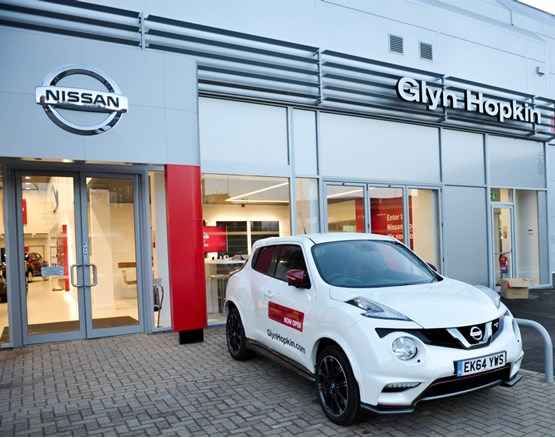 Fiat dealer glyn hopkin autos post for Garage nissan marseille