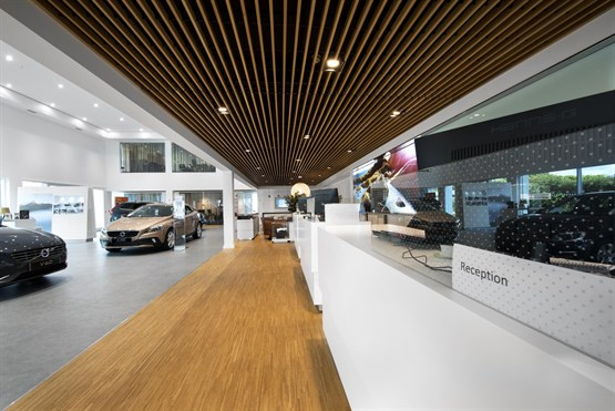 Swedish Personal Service Promised As Volvo Retail Experience Car - Car showrooms