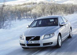 Volvo launches winter tyre scheme